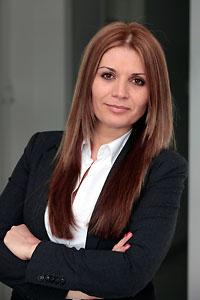Elena Lämmerhirt, Beraterin
